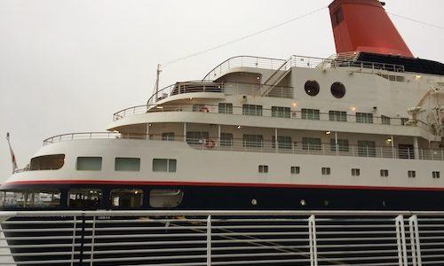 日本丸のクリスマスクルーズに乗船してきました。
